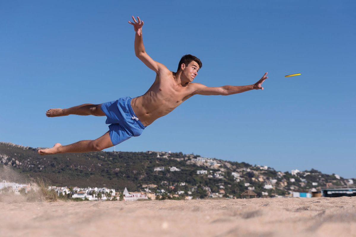 Invento Frisbee Diving Jump